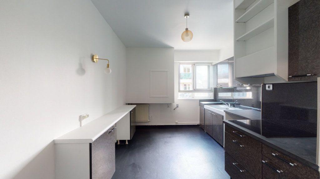 Appartement à louer 4 93.65m2 à Perpignan vignette-8
