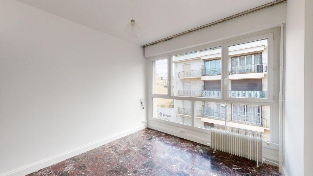 Appartement à louer 4 93.65m2 à Perpignan vignette-10