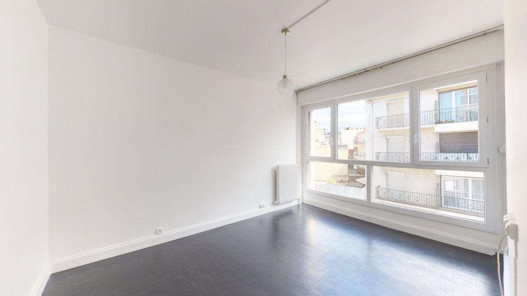 Appartement à louer 4 93.65m2 à Perpignan vignette-11