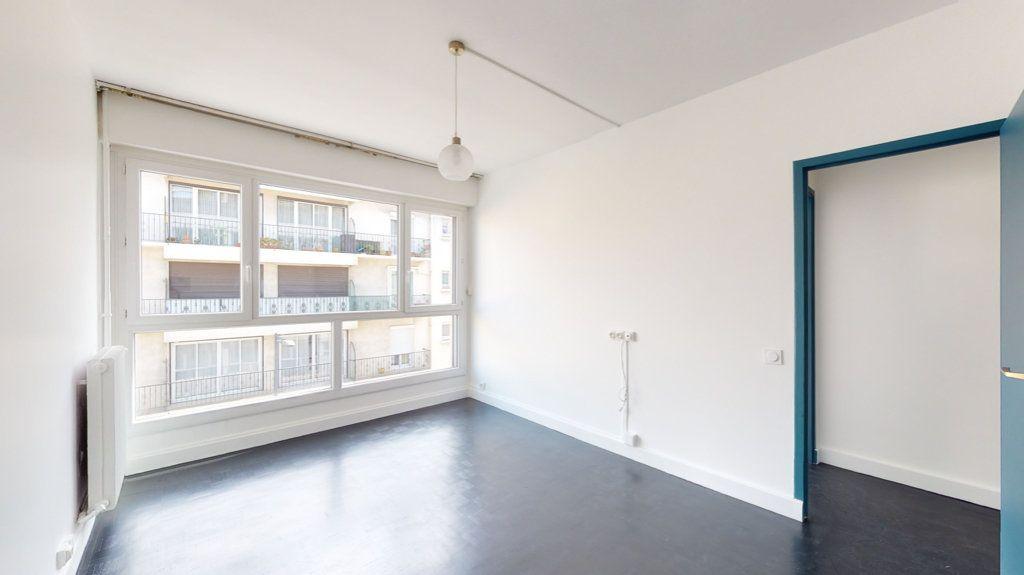 Appartement à louer 4 93.65m2 à Perpignan vignette-13