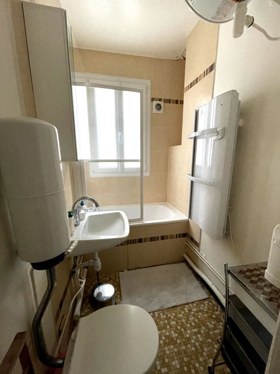 Appartement à louer 2 32.23m2 à Paris 7 vignette-2