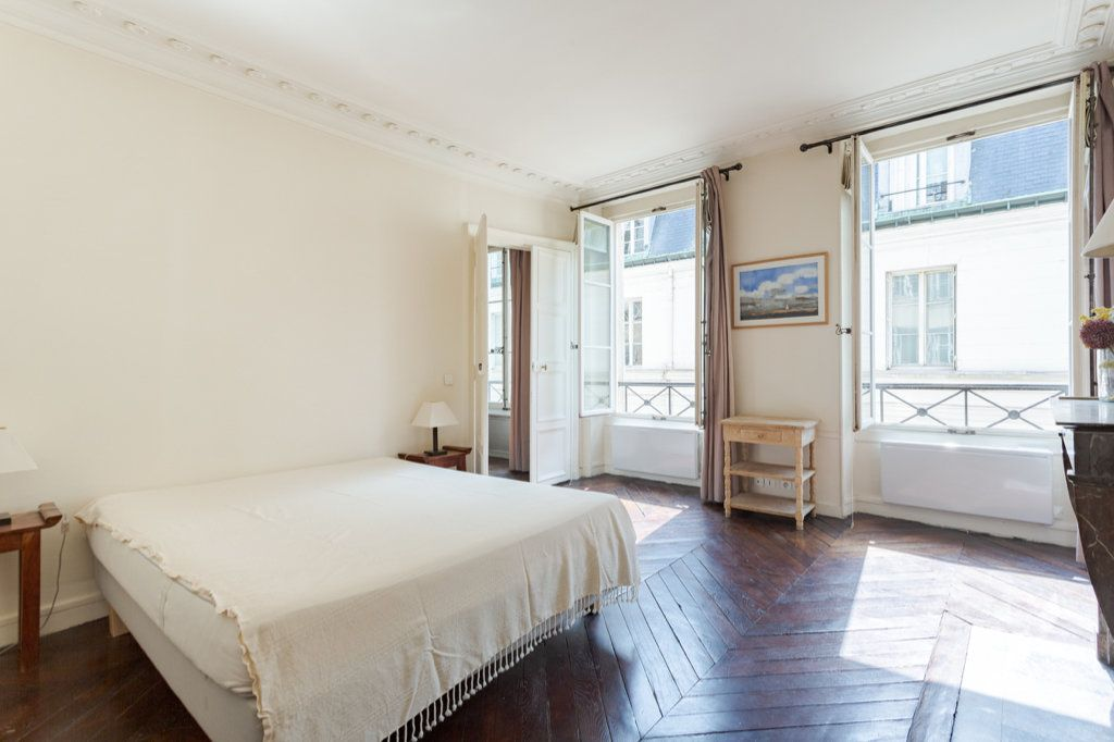 Appartement à louer 3 78.63m2 à Paris 7 vignette-5