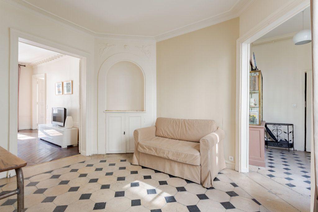 Appartement à louer 3 78.63m2 à Paris 7 vignette-7
