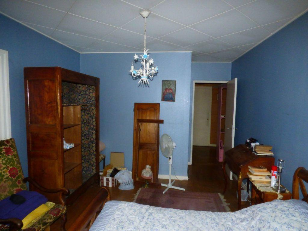 Appartement à vendre 6 131.45m2 à Lyon 7 vignette-8