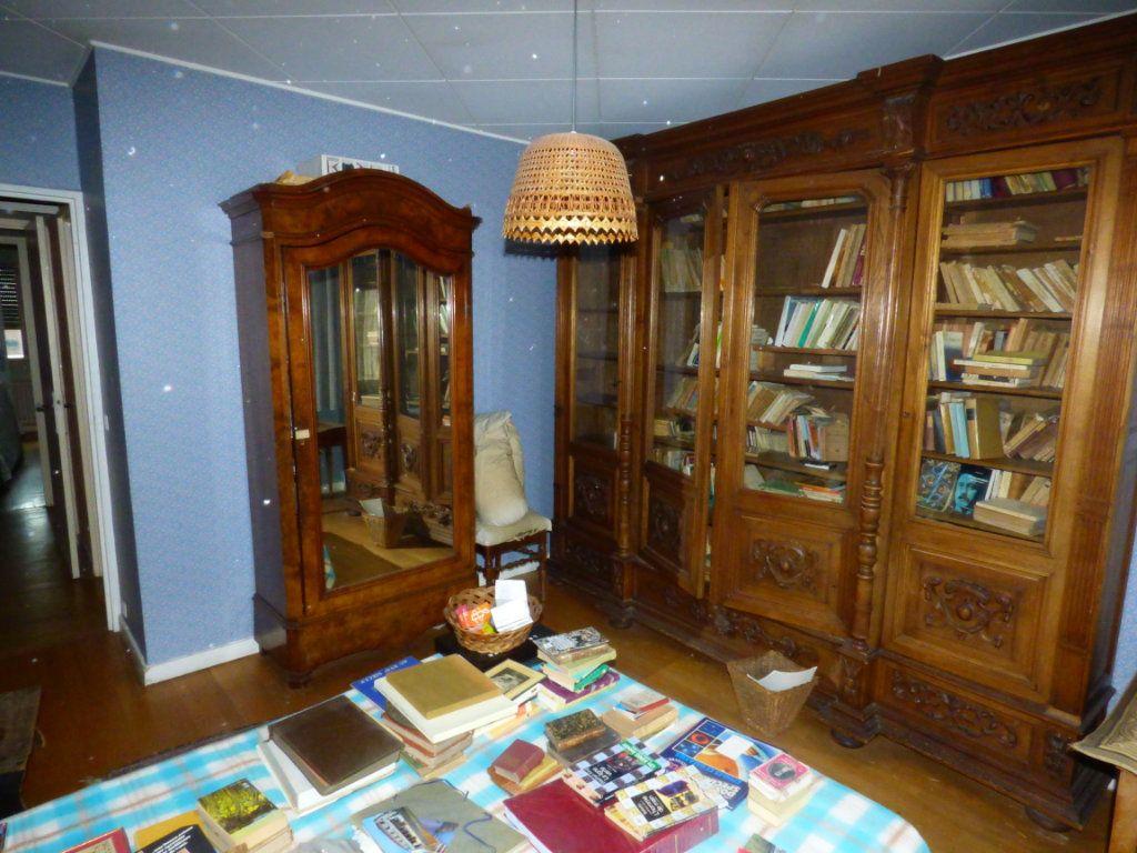 Appartement à vendre 6 131.45m2 à Lyon 7 vignette-9