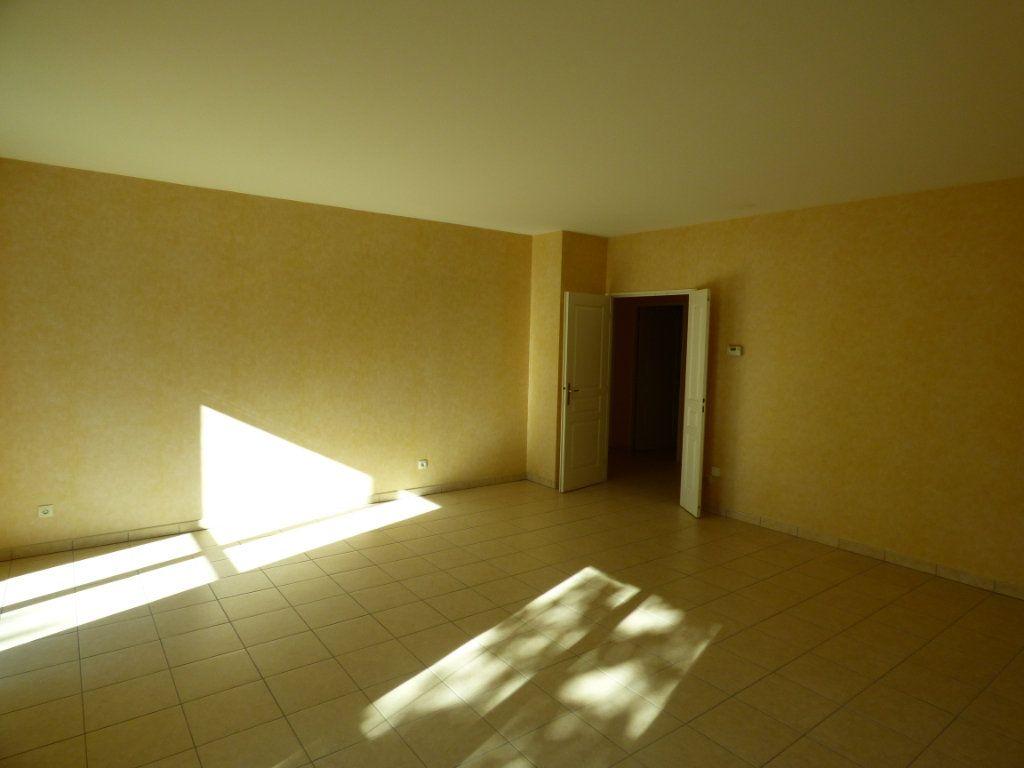 Appartement à vendre 6 120m2 à Lyon 7 vignette-6
