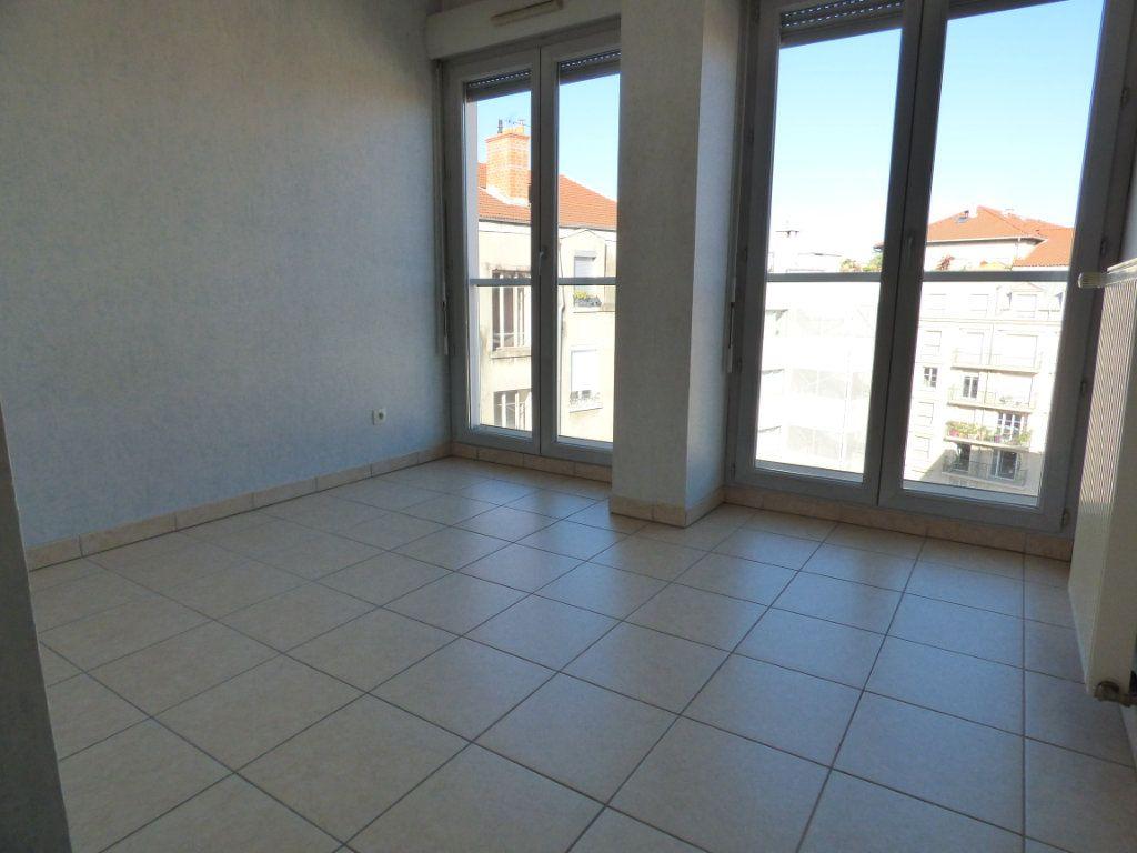 Appartement à vendre 6 120m2 à Lyon 7 vignette-7
