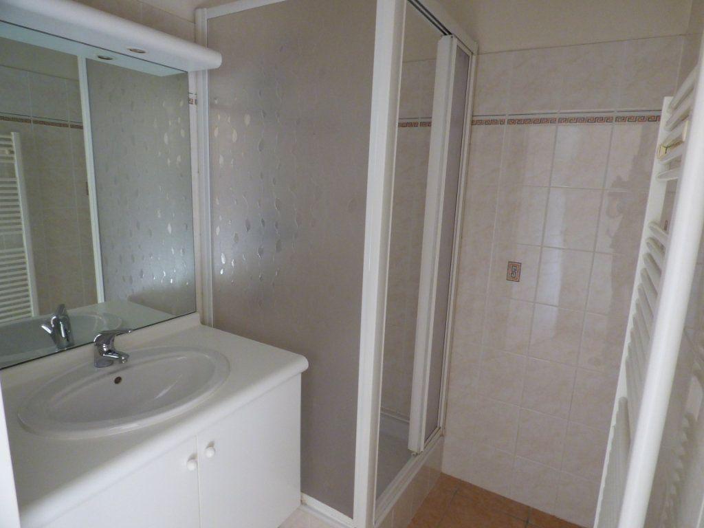 Appartement à vendre 6 120m2 à Lyon 7 vignette-12