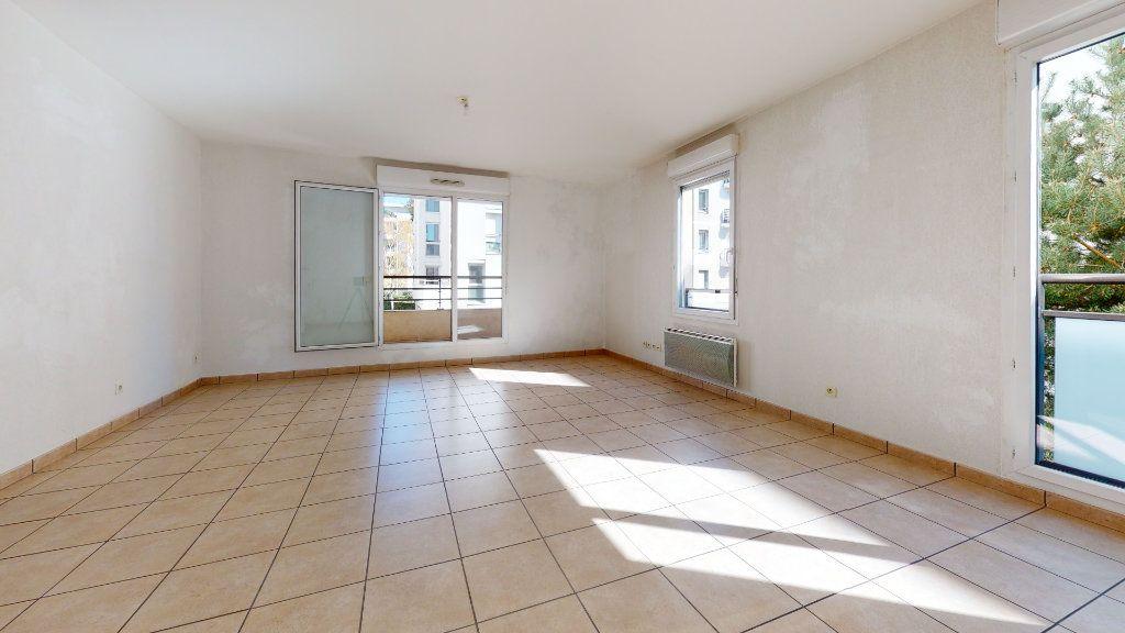 Appartement à vendre 3 61.22m2 à Lyon 7 vignette-9