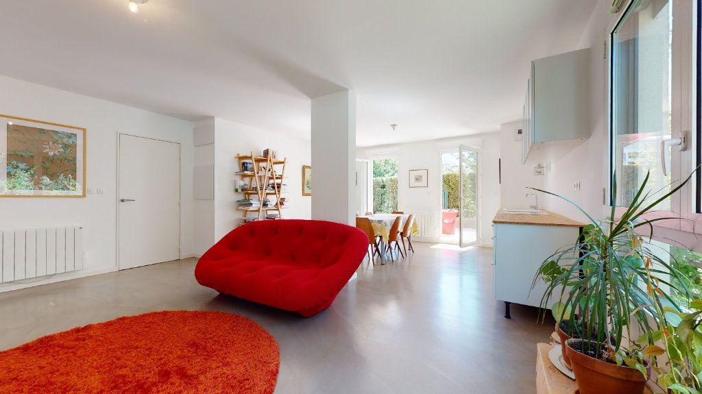 Appartement à vendre 3 63.8m2 à Lyon 7 vignette-8