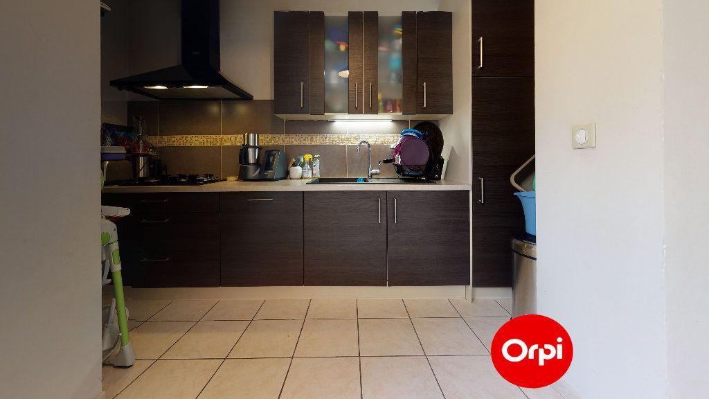 Appartement à vendre 4 88.7m2 à Lyon 7 vignette-3
