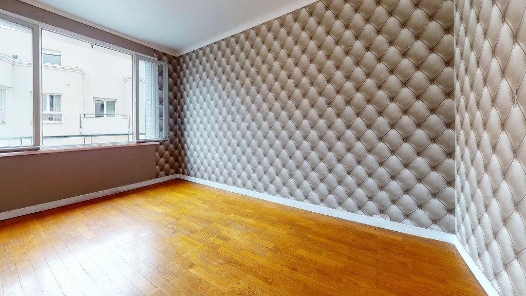 Appartement à vendre 2 48m2 à Lyon 3 vignette-2