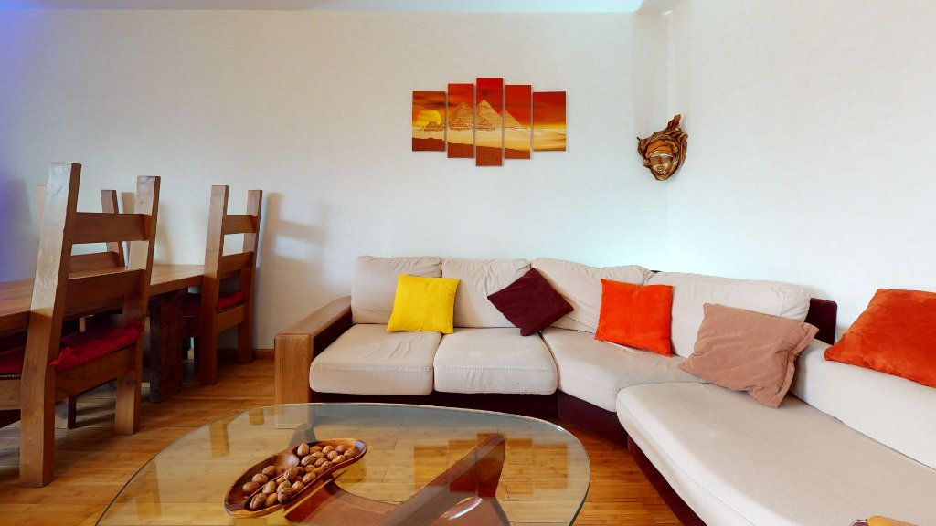 Appartement à vendre 4 78.52m2 à Lyon 7 vignette-4