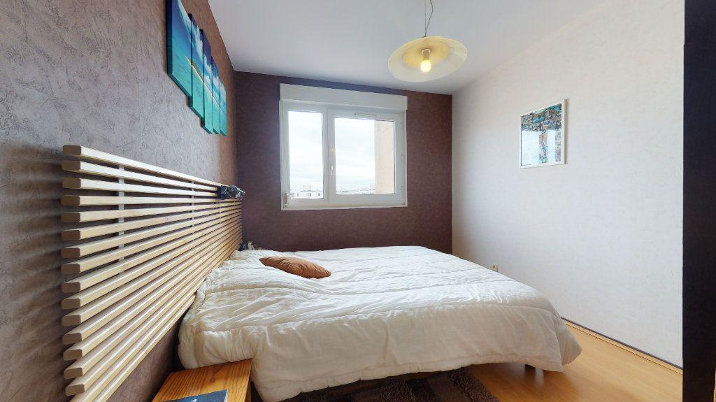Appartement à vendre 4 78.52m2 à Lyon 7 vignette-11
