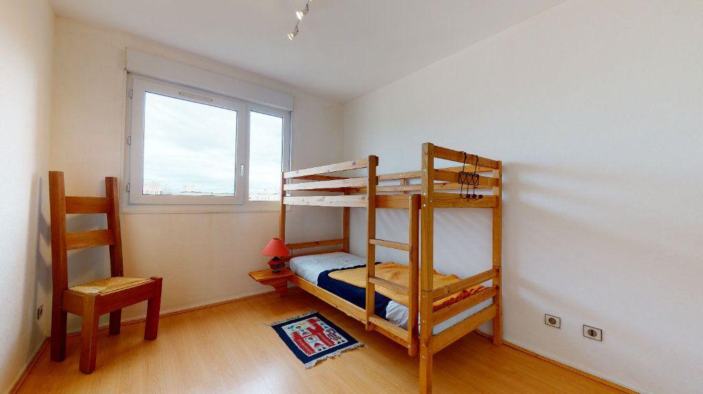 Appartement à vendre 4 78.52m2 à Lyon 7 vignette-12