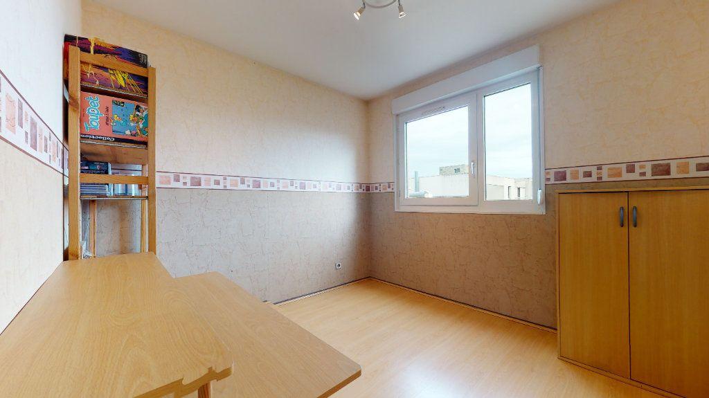 Appartement à vendre 4 78.52m2 à Lyon 7 vignette-13