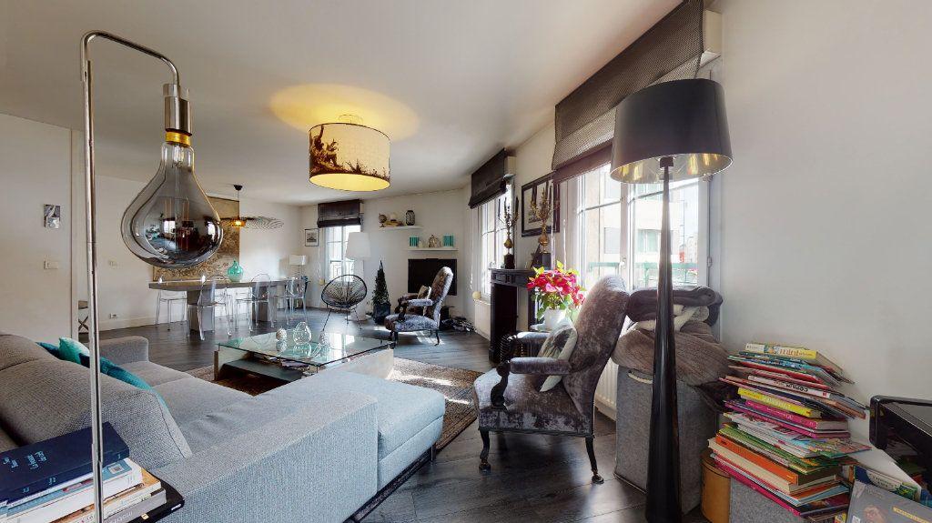 Appartement à vendre 4 100.33m2 à Lyon 7 vignette-2