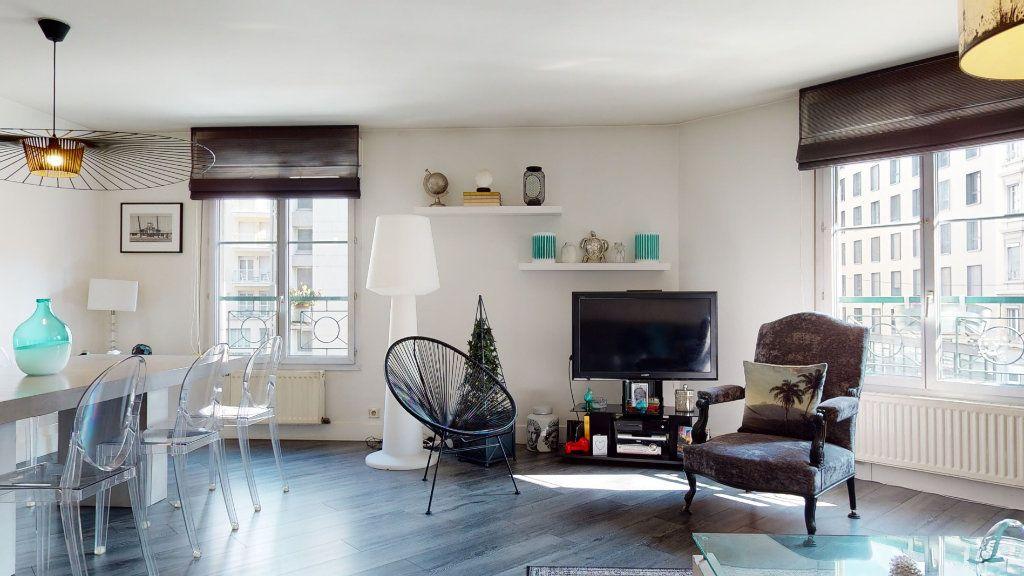 Appartement à vendre 4 100.33m2 à Lyon 7 vignette-6