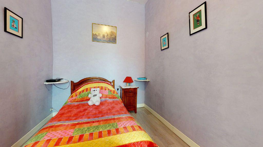 Appartement à vendre 5 140m2 à Lyon 4 vignette-7