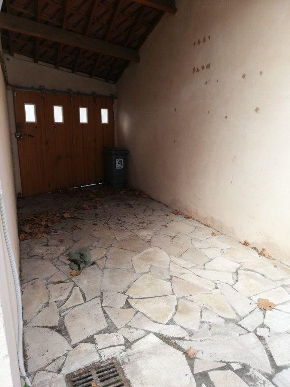 Maison à louer 2 40.03m2 à La Seyne-sur-Mer vignette-8