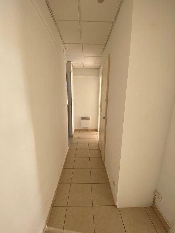 Appartement à louer 4 64m2 à La Seyne-sur-Mer vignette-8