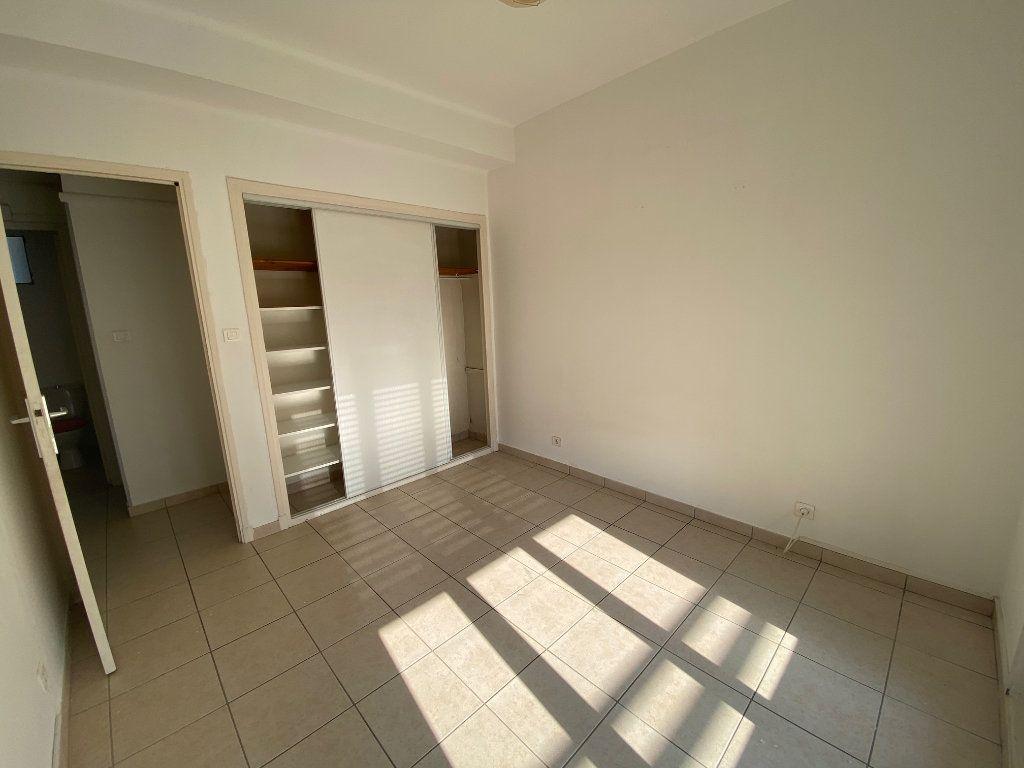 Appartement à louer 4 64m2 à La Seyne-sur-Mer vignette-10