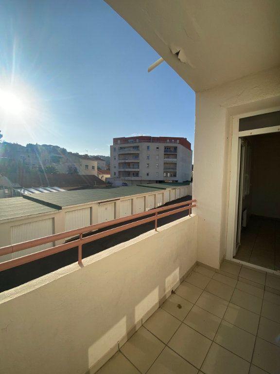 Appartement à louer 4 64m2 à La Seyne-sur-Mer vignette-15