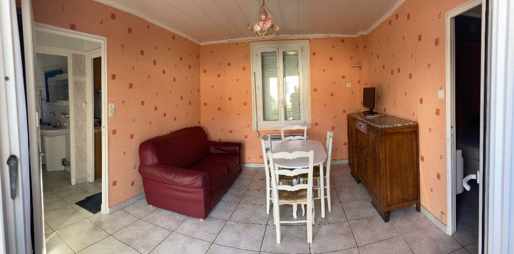 Appartement à vendre 2 34.75m2 à Sanary-sur-Mer vignette-1