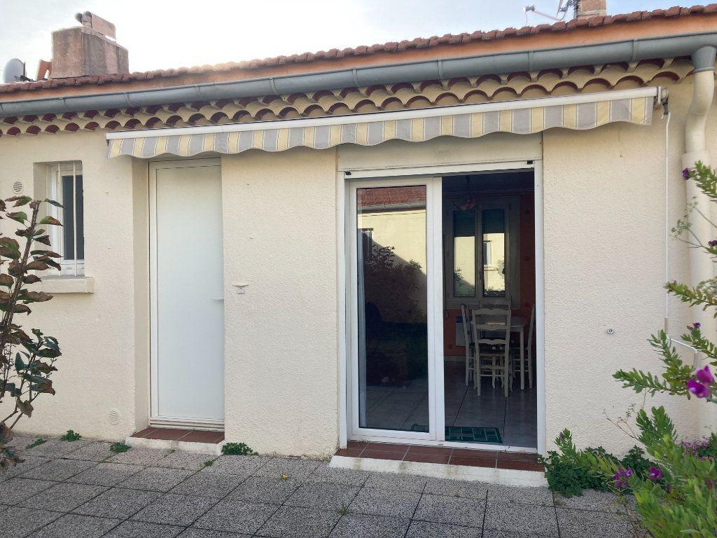 Appartement à vendre 2 34.75m2 à Sanary-sur-Mer vignette-6