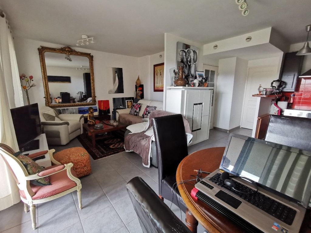 Appartement à vendre 3 52.92m2 à Six-Fours-les-Plages vignette-1