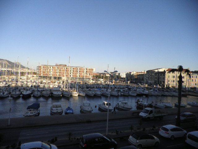 Appartement à vendre 2 63.16m2 à La Seyne-sur-Mer vignette-1