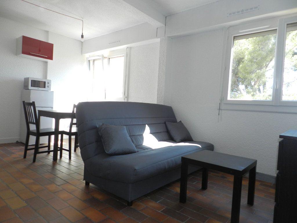 Appartement à louer 1 24.86m2 à La Seyne-sur-Mer vignette-2