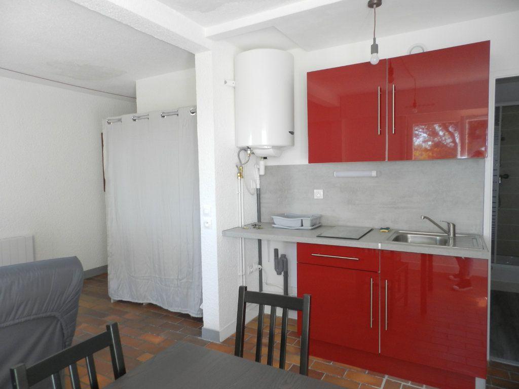 Appartement à louer 1 24.86m2 à La Seyne-sur-Mer vignette-4