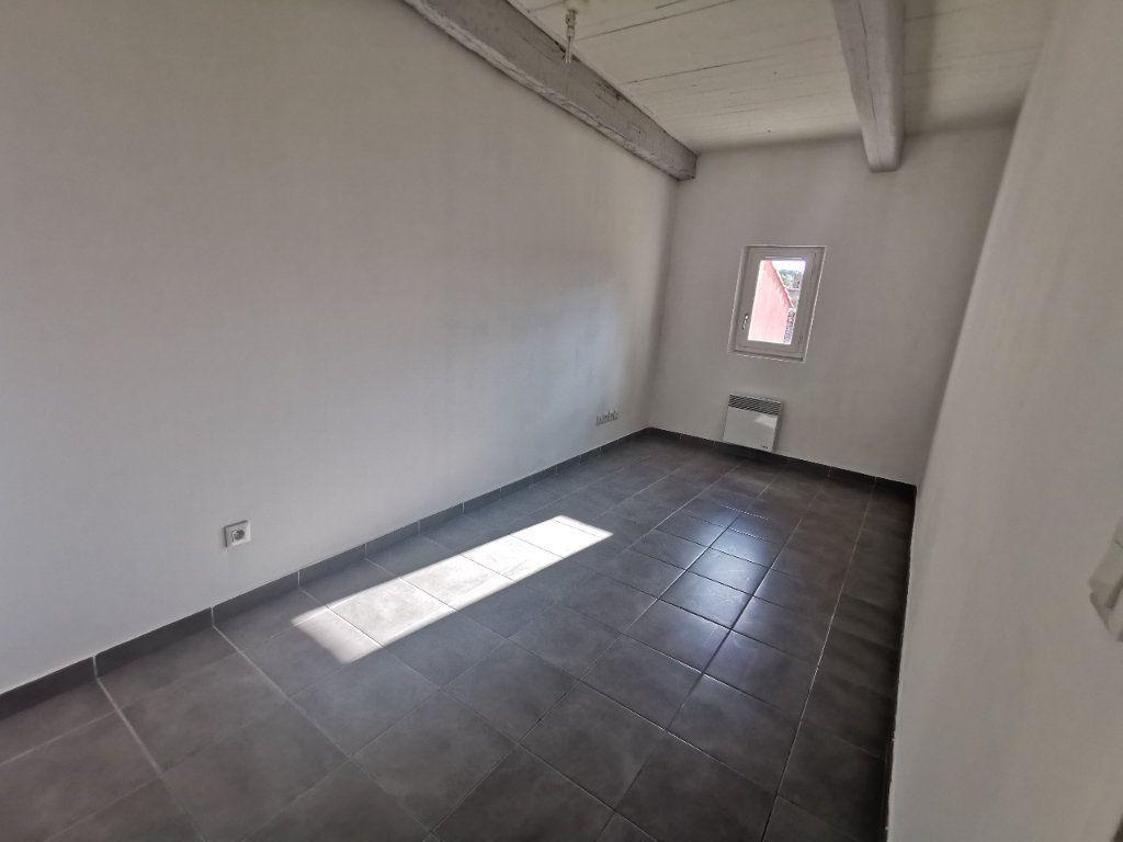 Appartement à vendre 2 67.27m2 à La Seyne-sur-Mer vignette-4