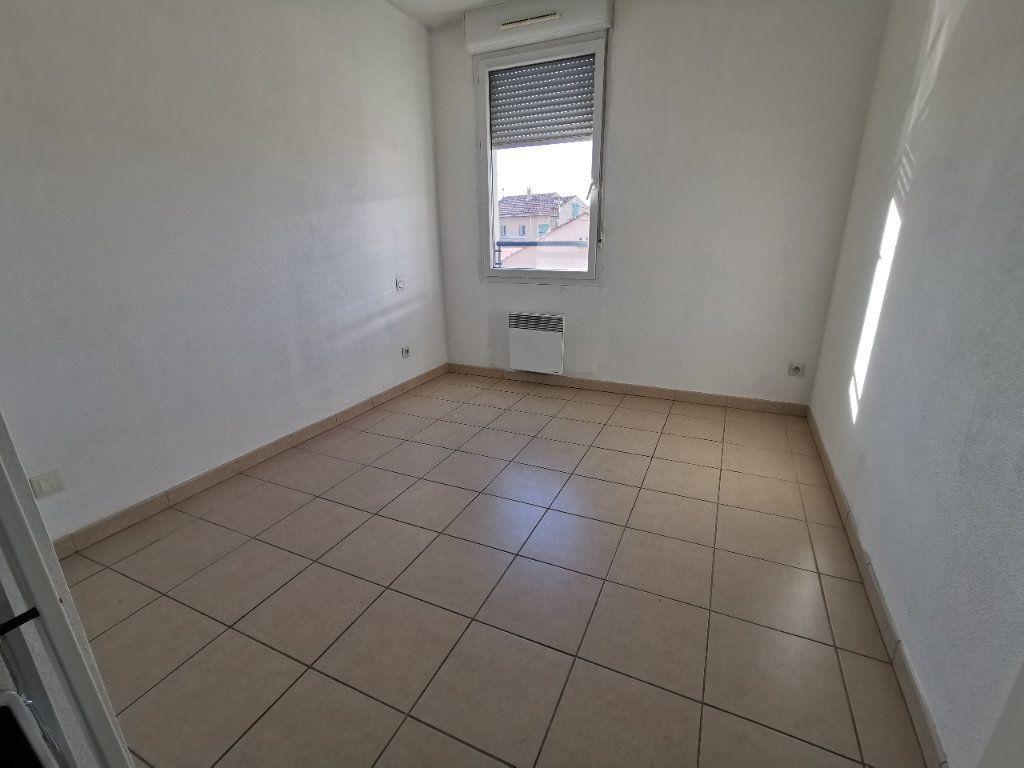 Appartement à louer 3 56.67m2 à La Seyne-sur-Mer vignette-2