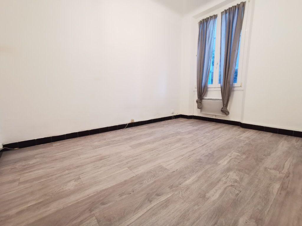 Appartement à louer 2 36.94m2 à La Seyne-sur-Mer vignette-2
