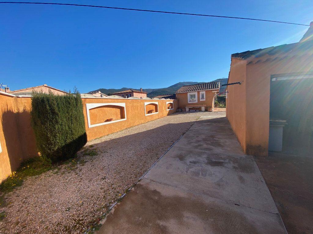 Maison à vendre 4 120m2 à Gonfaron vignette-15