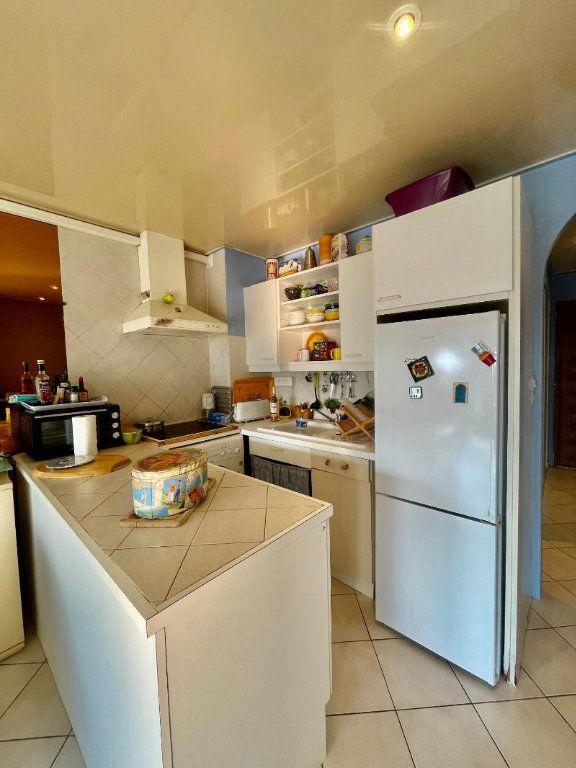 Appartement à vendre 1 25.95m2 à La Seyne-sur-Mer vignette-1