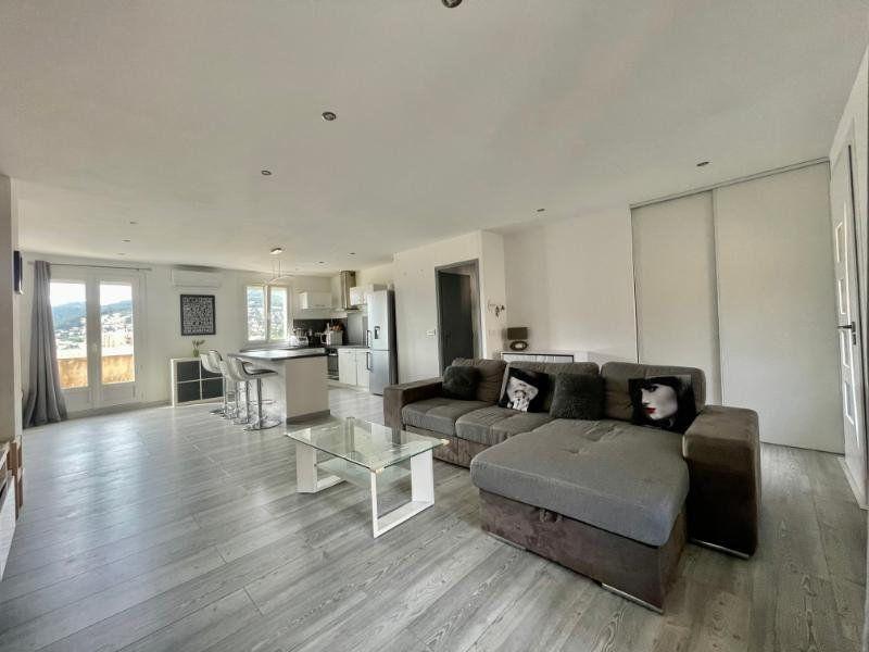Appartement à vendre 3 71.21m2 à La Valette-du-Var vignette-3