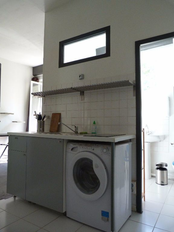 Appartement à louer 1 23m2 à Lyon 1 vignette-2