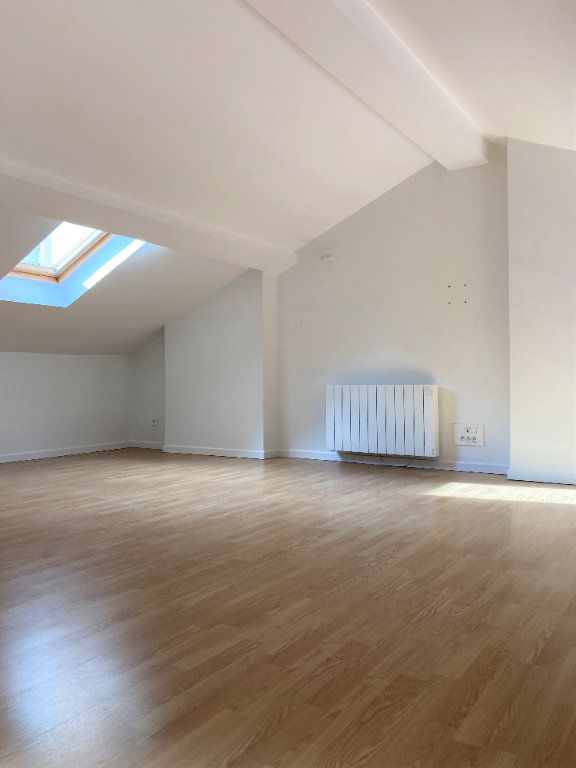 Appartement à louer 2 51.55m2 à Lyon 3 vignette-5