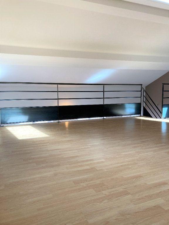 Appartement à louer 2 51.55m2 à Lyon 3 vignette-7