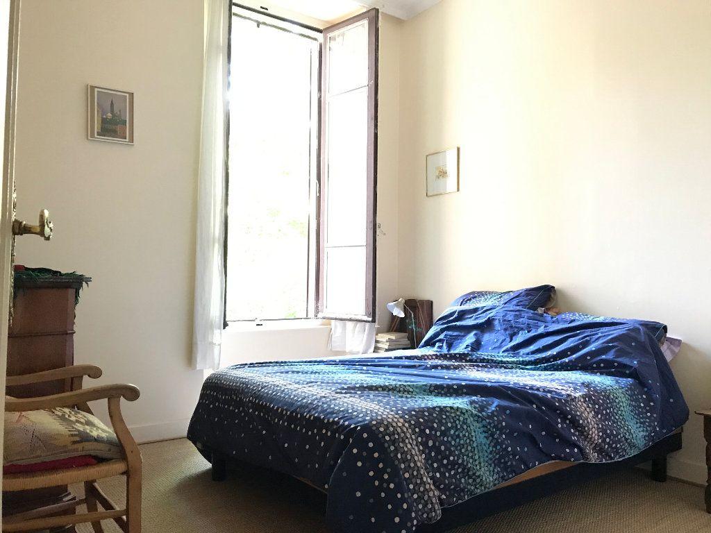 Appartement à louer 2 81.92m2 à Lyon 4 vignette-5