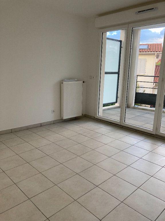 Appartement à louer 4 90.27m2 à Rillieux-la-Pape vignette-6