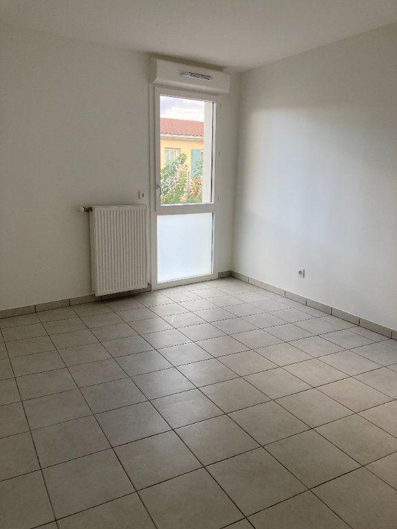 Appartement à louer 4 90.27m2 à Rillieux-la-Pape vignette-7