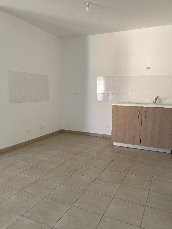 Appartement à louer 4 92.68m2 à Villeurbanne vignette-3
