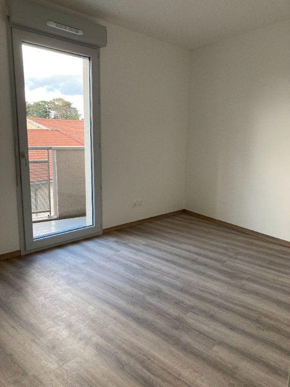 Appartement à louer 4 87.54m2 à Rillieux-la-Pape vignette-3