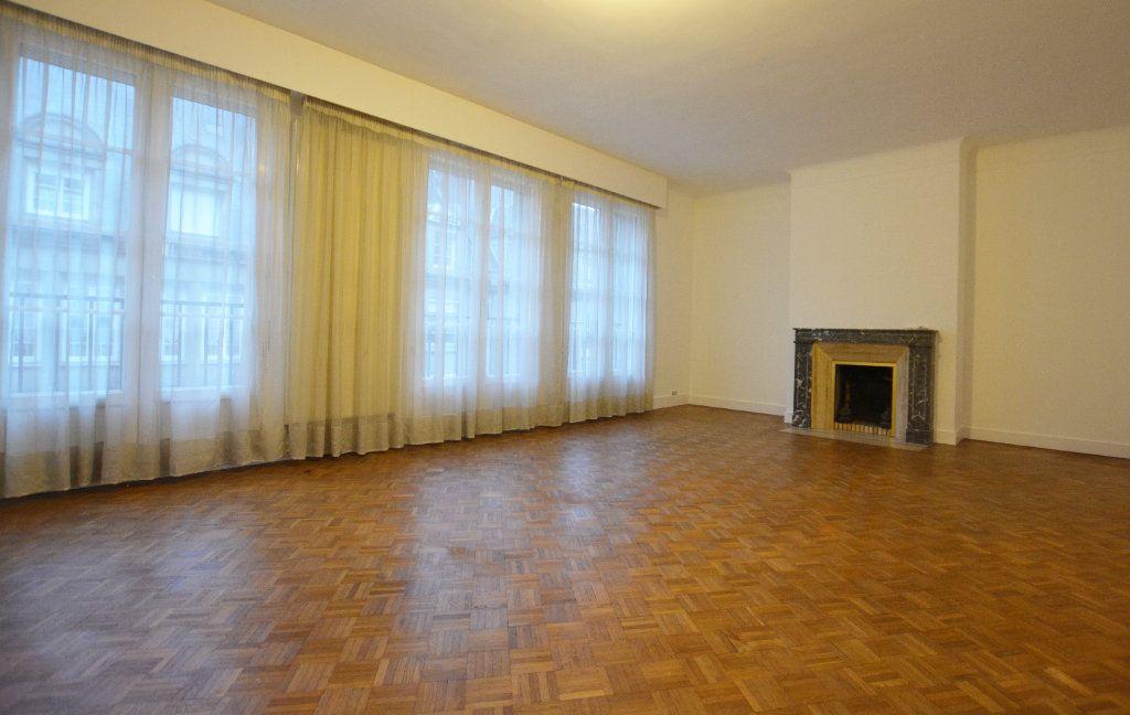 Appartement à louer 3 81.93m2 à Abbeville vignette-1