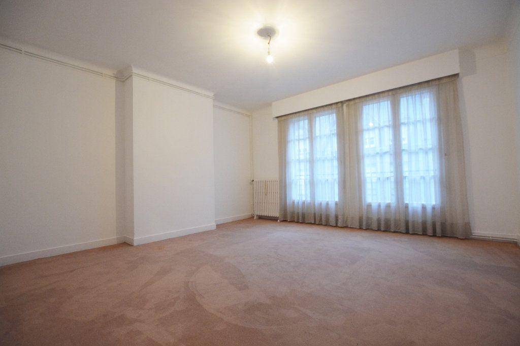 Appartement à louer 3 81.93m2 à Abbeville vignette-4