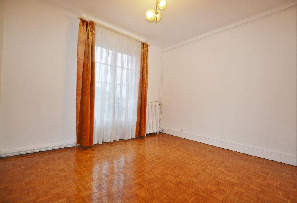 Appartement à louer 3 81.93m2 à Abbeville vignette-5
